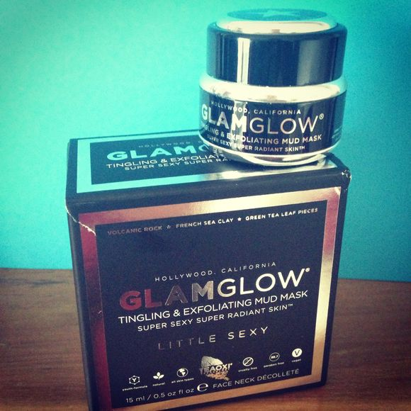 GlamGlow Tingling & Exfoliating Mud Mask