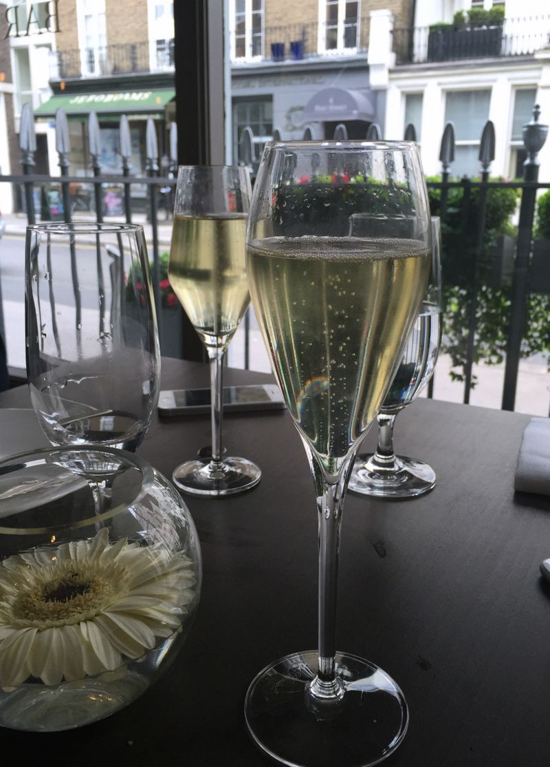 Champagne Salmontini
