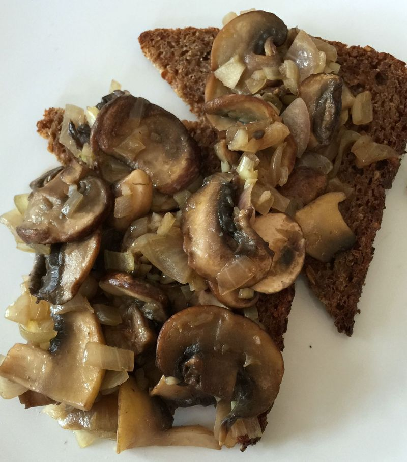 Garlic Mushrooms on Rye Toast