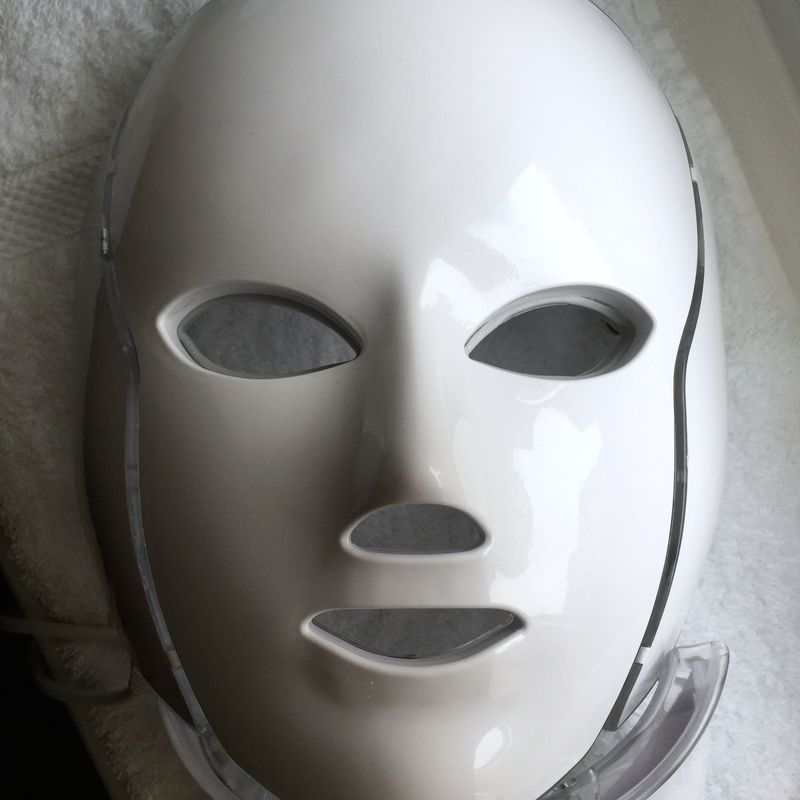 Marie Reynolds LED Mask IPL Facial